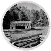 Historical Cantilever Barn At Cades Cove Tennessee In Black And White Round Beach Towel by Kathy Clark