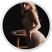 Nude Relaxing At The Bar 1095.02 Round Beach Towel