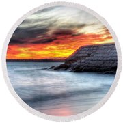 0018 Awe In One Sunset Series At Erie Basin Marina Round Beach Towel