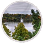 009 Hoyt Lake Autumn 2013 Round Beach Towel