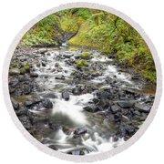 0106 Columbia River Gorge Near Bridal Veil Falls Round Beach Towel
