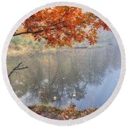 0132 Autumn At Starved Rock Round Beach Towel