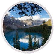 0164 Moraine Lake Round Beach Towel