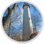 0378 Grosse Point Lighthouse Round Beach Towel