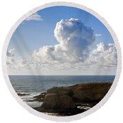 0514 Yaquina Lighthouse Round Beach Towel