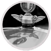 1927 Chandler 4-door Hood Ornament Round Beach Towel
