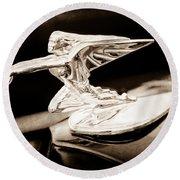 1935 Packard Hood Ornament - Goddess Of Speed Round Beach Towel