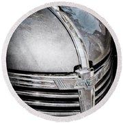 1938 Chevrolet Hood Ornament - Emblem Round Beach Towel