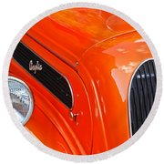 1948 Anglia 2-door Sedan Grille Emblem Round Beach Towel
