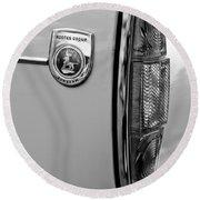 1964 Sunbeam Tiger Taillight Emblem Round Beach Towel