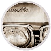 1968 Chevrolet Chevelle Hood Emblem Round Beach Towel