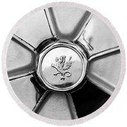 1971 Iso Fidia Wheel Emblem Round Beach Towel