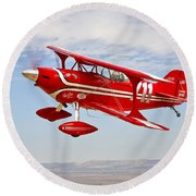 A Pitts Special S-2a Aerobatic Biplane Round Beach Towel