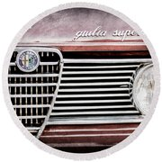 Alfa-romeo Guilia Super Grille Emblem Round Beach Towel