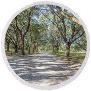 Lowcountry Allee Of Oaks Round Beach Towel