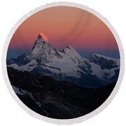 Alpenglow On The Matterhorn And Dent Round Beach Towel