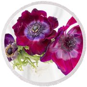 Anemone Trio Round Beach Towel