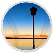 Birdhouse With A View Round Beach Towel