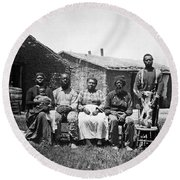 Black Homesteaders Round Beach Towel