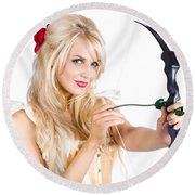 Blond Woman With Cupid Bow Round Beach Towel