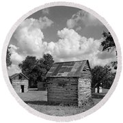 Bohls Cabins At Bee Cave Round Beach Towel