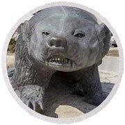 Badger Statue 4 At Uw Madison Round Beach Towel