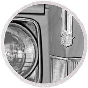 Cadillac Headlight Emblem Round Beach Towel