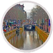Canal Of Delft Round Beach Towel