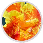 Cannas Round Beach Towel