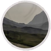 Cars And Other Vehicles In The Scottish Highlands Round Beach Towel