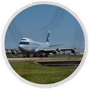 Cathay Pacific Boeing 747 Round Beach Towel
