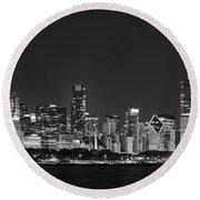 Chicago Skyline At Night Black And White Panoramic Round Beach Towel
