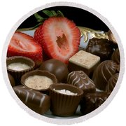 Chocolate On Plate With Strawberry Round Beach Towel