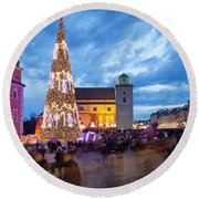 Christmas Time In Warsaw Round Beach Towel