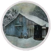 Cold Day On The Farm Round Beach Towel