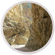 Contrasting Canyon Colors In Big Painted Canyon Trail In Mecca Hills-ca Round Beach Towel