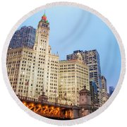 Downtown Chicago View Round Beach Towel