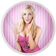 Fantastic Blond Pinup Girl With Surprised Look Round Beach Towel