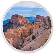 Farview Point At Bryce Canyon Round Beach Towel