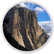 Guardian Of The Valley Round Beach Towel