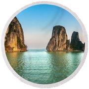 Halong Bay -vietnam Round Beach Towel