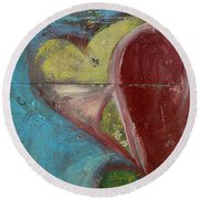 Heart Shape Painted On A Wall, Safed Round Beach Towel
