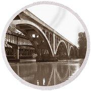 Historic Wil-cox Bridge Round Beach Towel