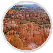 Hoodoo Rock Formations In A Canyon Round Beach Towel