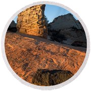 Hoodoos At Sunset Round Beach Towel