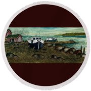 House Boats Round Beach Towel