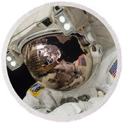 Iss Expedition 38 Spacewalk Round Beach Towel by Science Source