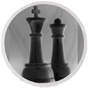 King And Queen In Black And White Round Beach Towel