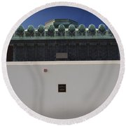 La Griffith Observatory  Round Beach Towel