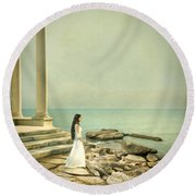 Lady In White By The Sea Round Beach Towel